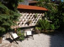 Ferienhaus-Gartenansicht