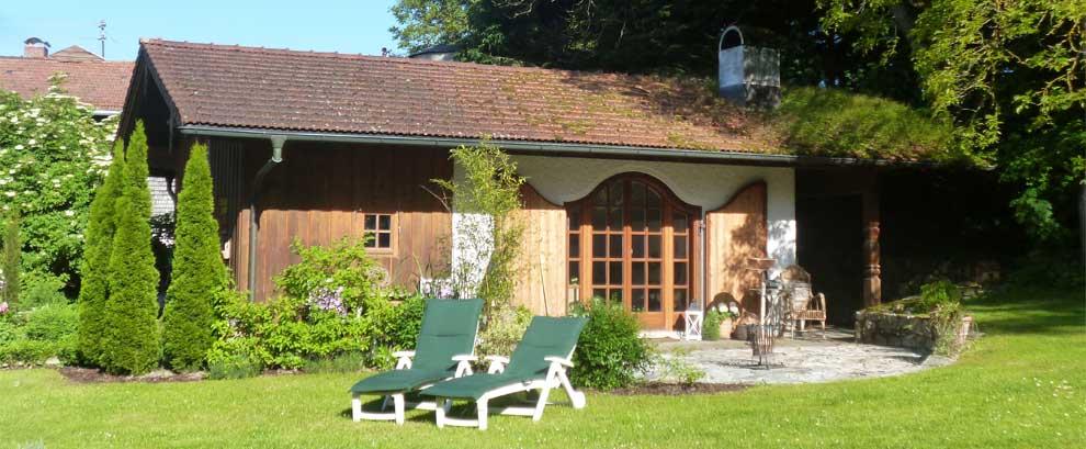 Ferienhaus Panorama mit Garten